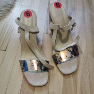 Kendall+Kylie sandals size 6M